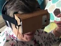 Reakcja babci na symulator górskiej kolejki
