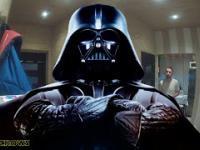 Głodny Darth Vader Kradnie Pizzę