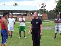 Przedstawiciel Zielonych Beretów vs reprezentant Peruwiańskich Sił Specjalnych