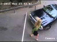 Blondynka w samochodzie kontra szlaban... funny fail