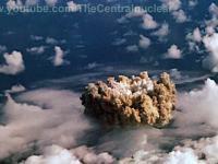 Jedno z piękniejszych ujęć podwodnego wybuchu bomby atomowej