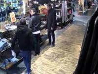 Okradanie sklepu z odzieżą