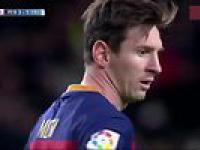 Messi w niecodzienny sposób asystuje Suarezowi z rzutu karnego