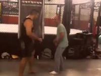 Zawodnik UFC testuje Low Kick