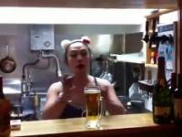 Kufel piwa jednym łykiem