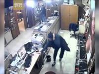 Panika w Ankarze po zamachu bombowym