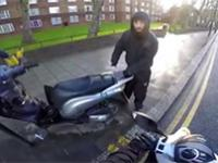 Motocyklista zapobiegł kradzieży skutera