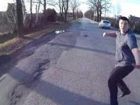 Bandytyzm drogowy // Napaść na rowerzystę // Assault on cyclist // Road rage