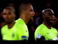 Kuriozalny gol Zlatana Ibrahimovicia w Lidze Mistrzów