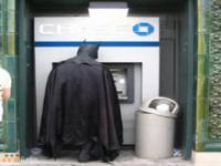 Dziwne sytuacje przy bankomacie