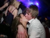 Kompilacja niezręcznych pocałunków