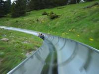 Alpejska zjeżdżalnia górska w Szwajcarii