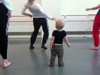Najsłodszy na świecie tancerz wiodący