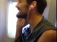 Niesamowity wokal pasażera samolotu