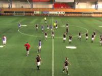 22 amatorów vs 11 profesjonalistów