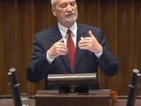 Sejm: Wystąpienie ministra Antoniego Macierewicza