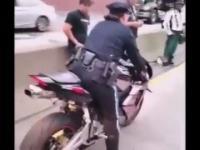 Policja na motorze