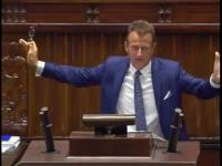 Pijany poseł PO okupuje mównicę Sejmową? Bardzo dziwne wystąpienie...