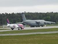 C5 GALAXY - start wielkiego samolotu z lotniska w Gdańsku.