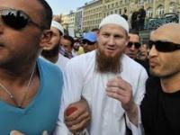 Aziz Karaoglu wchodzi do ringu w rytm hymnu Al-Kaidy!