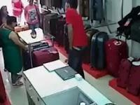 Złodziejki w sklepie
