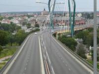 To miał być most im. Lecha Kaczyńskiego... ale nie jest...