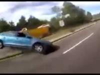 Gdy pasażer zaciąga ręczny podczas bardzo szybkiej jazdy...