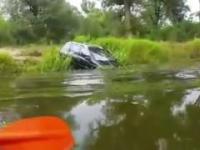 Samochodem do rzeki