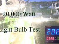 Uruchamianie żarówki o mocy 20000 watów w pokoju