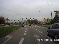 Wjazd rowerem prosto pod koła