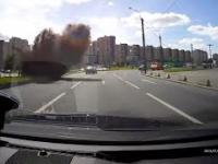 Wybuch studzienki kanalizacyjnej w Rosji