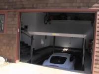 Garaż z windą dla samochodu
