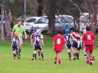 9 letni dzieciak przeciwko drużynie swoich rówieśników