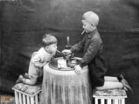 Dorastanie na początku XX wieku nie było świetną sprawą