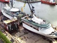 Budownictwo i wydłużenie ogromnych statków. Opuszczanie statków na wodę