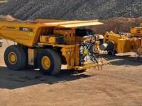 Komatsu 930E Truck