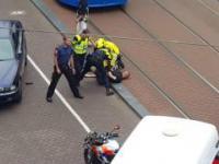 Typ z BMW bije holenderskich policjantów w czasie aresztowania
