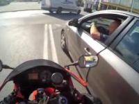 Szalona ucieczka przed policją ścigaczem ulicami miasta - Honda CBR Polska