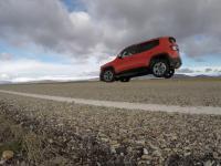 Jeep Renegade z małym problemem przy ostrym hamowaniu