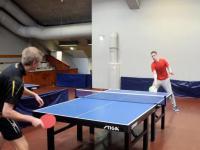 Parę ciekawych zagrań fanatyków ping-ponga