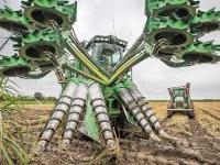 Dziwne współczesne mega maszyny świata: Traktor, ładowacz i inne