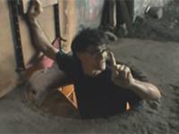 Bezdomny zbudował dom w tunelu pod dworcem