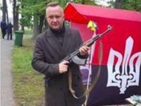 Zamiast żartu jest afera: radny na zdjęciu z logo Prawego Sektora Ukrainy