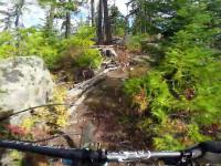 Ekstremalny downhill na rowerze nagrany kamerą ze stabilizacją obrazu