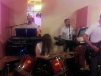 Taka tam sobie perkusistka na weselu
