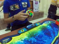 Kolejny nowy rekord w układaniu kostki Rubika. Tym razem w 4:74 sekundy