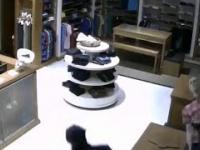 Jak w minutę okraść sklep