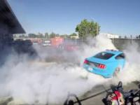 Mannequin Challenge - Ford Mustang