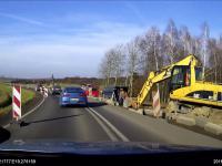 Wypadek drogowy i ekspresowe przybycie ambulansu
