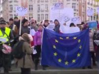 Dziennikarka wygadała się, kto protestuje w Brukseli